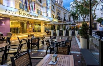 Facade Nuevo Torreluz Hotel