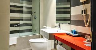 DOUBLE ROOM WITH PARKING Nuevo Torreluz Hotel