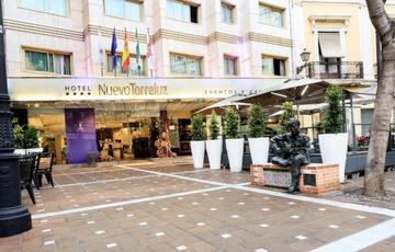 Entry Nuevo Torreluz Hotel